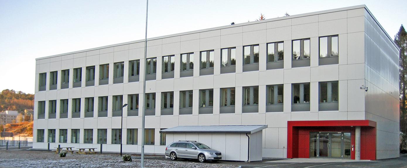 Kontorbygget Visund sett fra sør-øst   Foto: A. Lunde, Forsvarsbygg